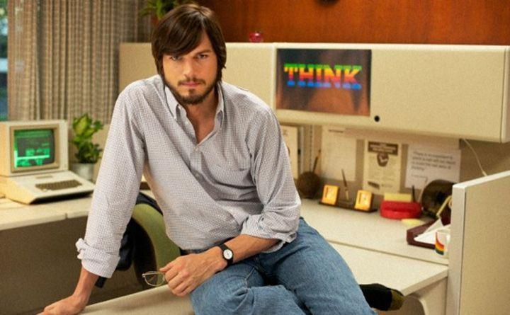 Ashton Kutcher nei panni di Steve Jobs