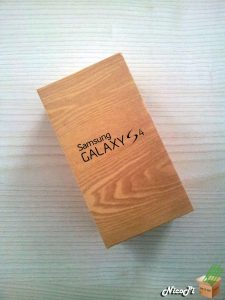 Galaxy S4 Unboxing
