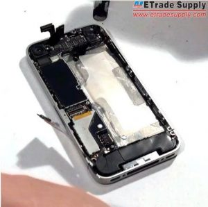 Install-the-vibrating-motor-of-iPhone-4