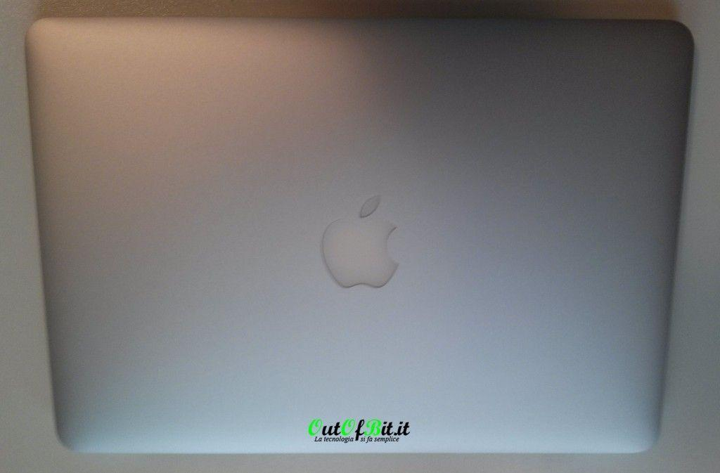 MacBook Pro Retina 13 late 2013 Unboxing 2