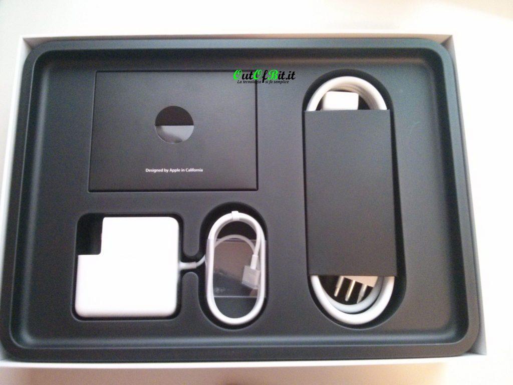 MacBook Pro Retina 13 late 2013 Unboxing contenuto