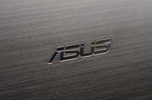 asus-vivobook-s550ca-logo-macro-1024x676 1