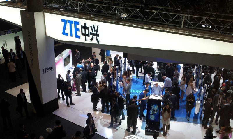 ZTE_stand_at_MWC_2013 1
