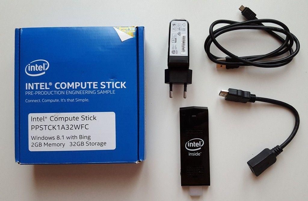Intel Compute Stick contenuto confezione