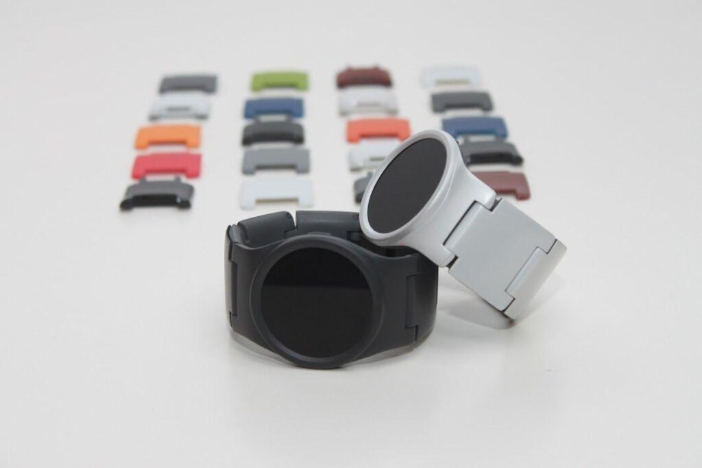 blocks-smartwatch_tech-8993