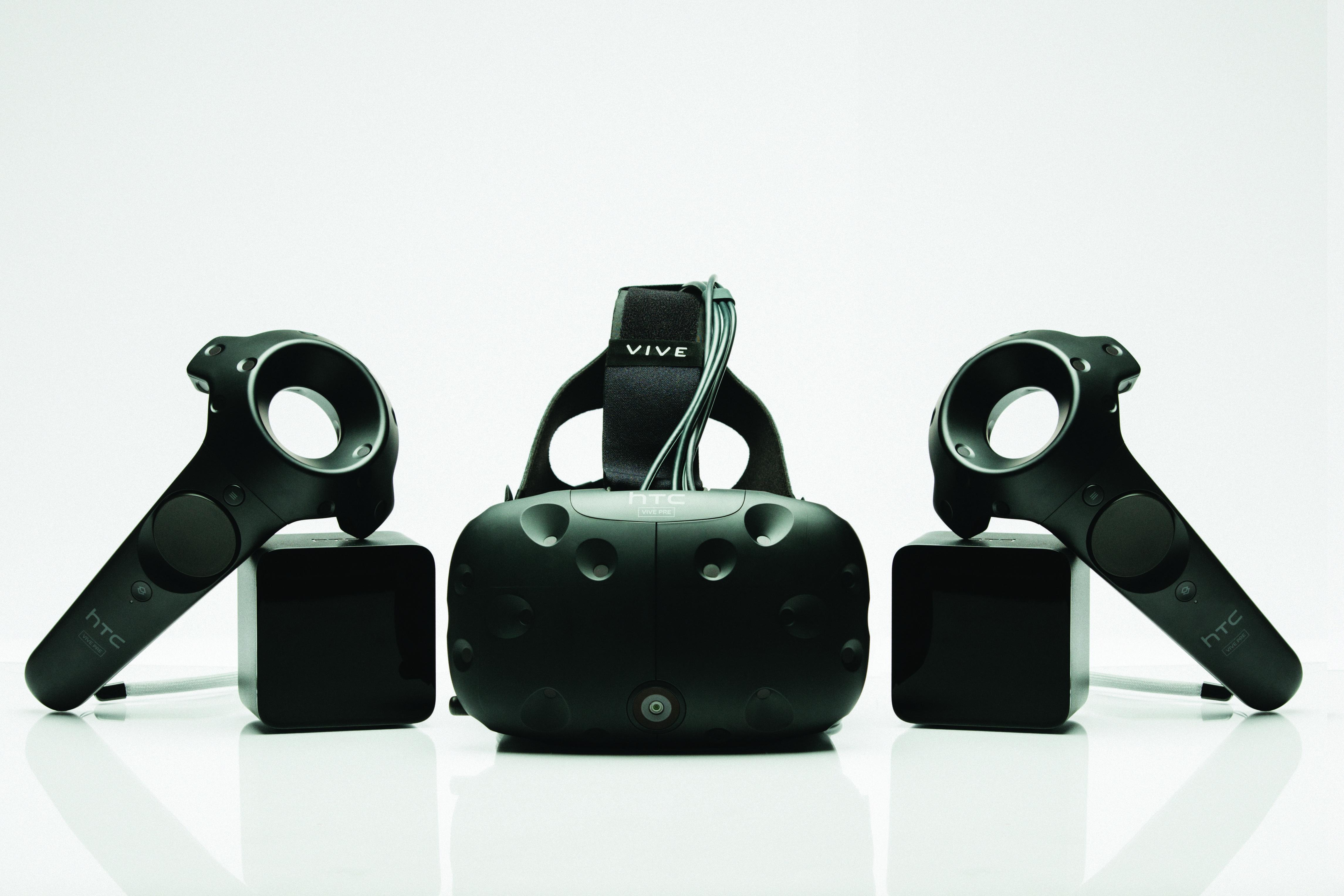 HTC presenta Vive Pre, la nuova frontiera della realtà virtuale