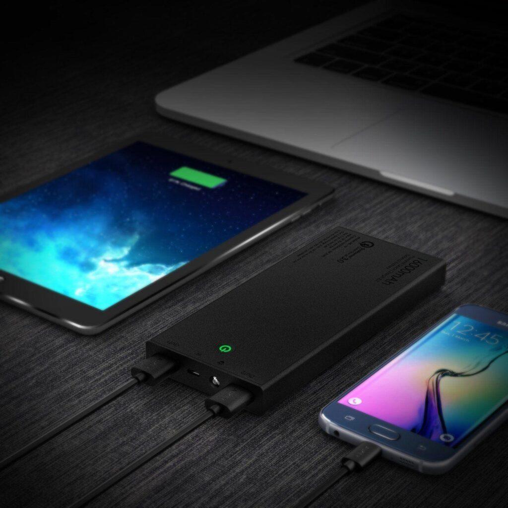 aukey-batteria-portatile-16000-mah_3