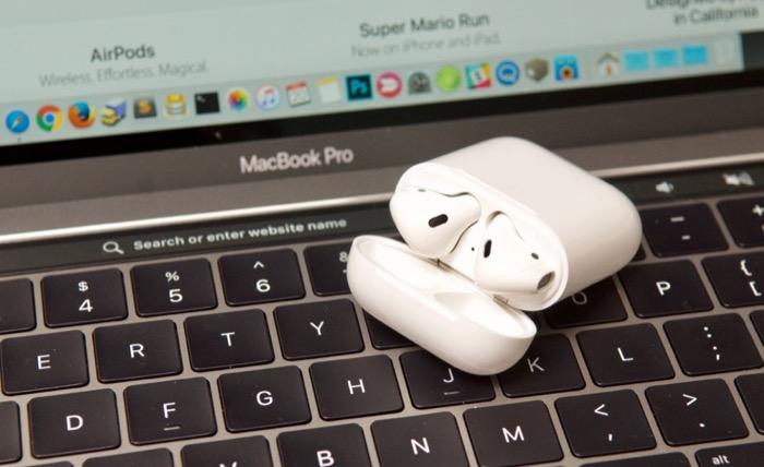 Le cuffiette e un Mac