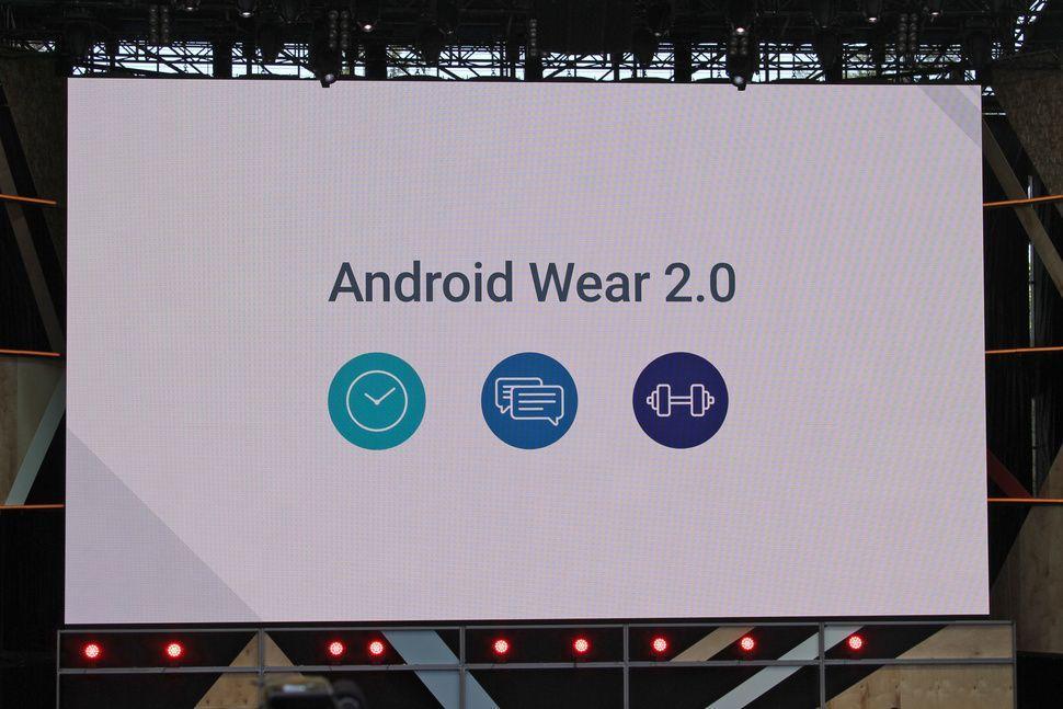 Scopriamo quali sono le novità apportate dall'aggiornamento Android Wear 2.0 alla lista di smartwatch presentata poco sopra.