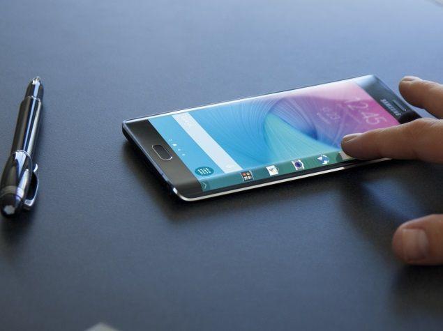 Samsung, i Galaxy S6 verranno aggiornati a Nougat entro Febbraio