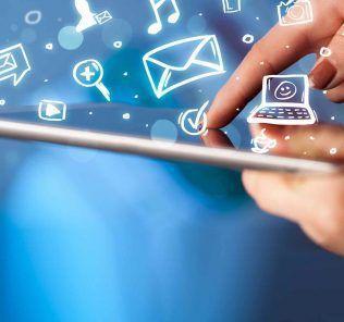Internet mobile è in costante crescita: entro il 2021 5.5 miliardi avranno accesso al web mediante smartphone.