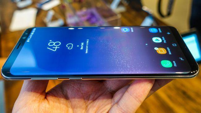 Samsung Galaxy S9: qualcosa inizia già a bollire in pentola?