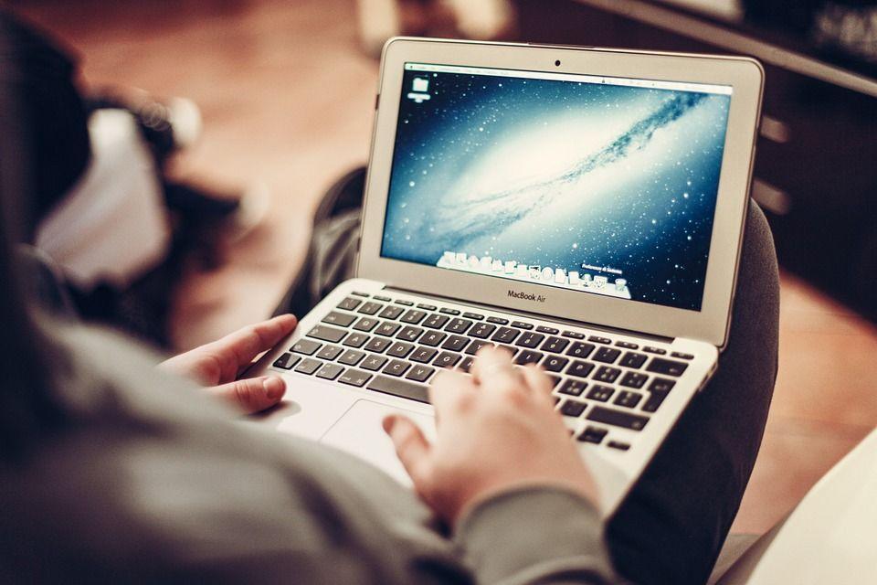 Volete condividere un'intera cartella tra PC Windows e Mac? Scopriamo come fare!