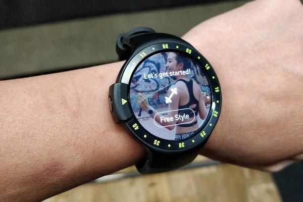 I migliori smartwatch Android Wear: Ticwatch S