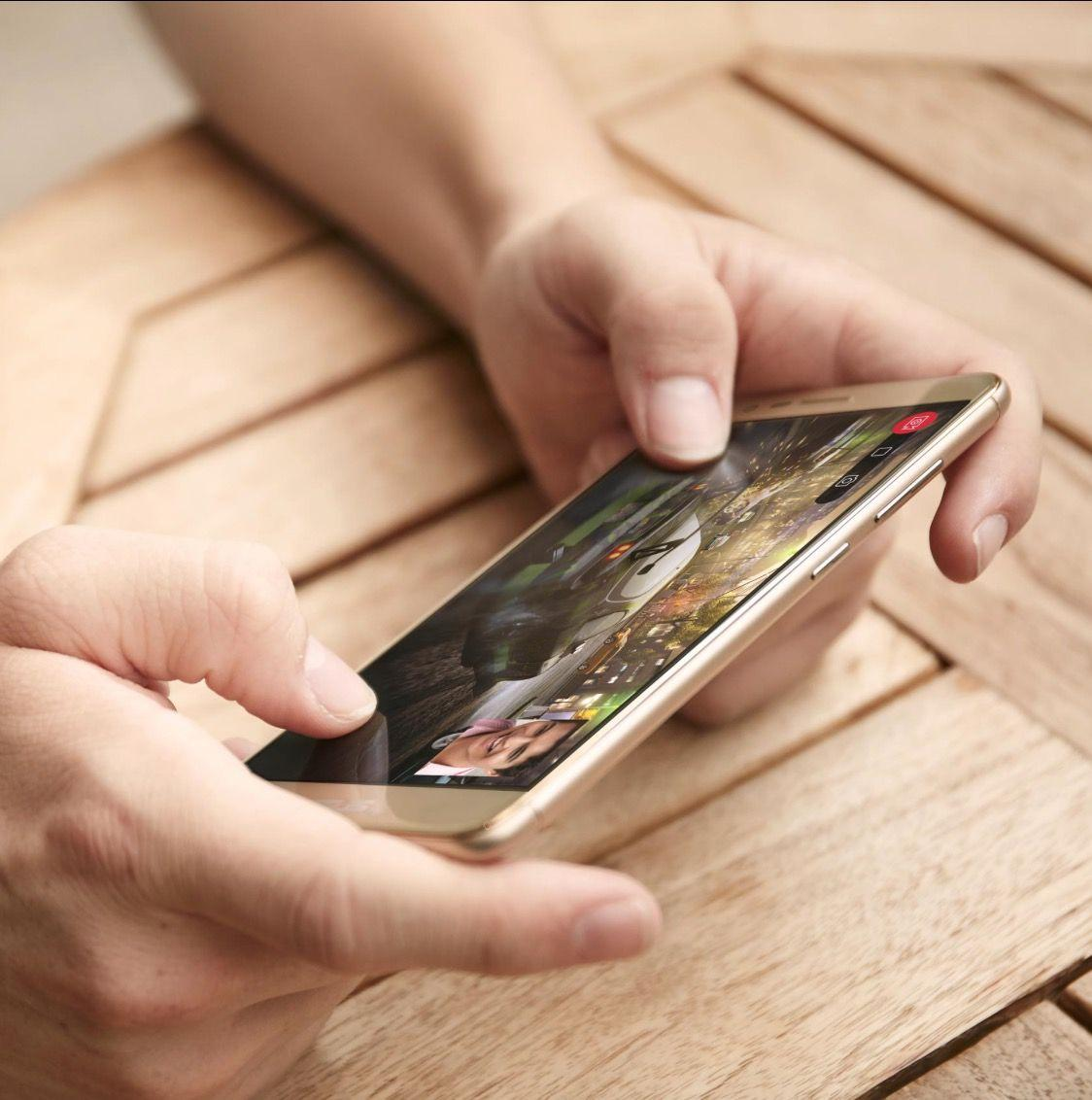 Recensione Asus Zenfone 3 Max, lo smartphone da 4100 mAh