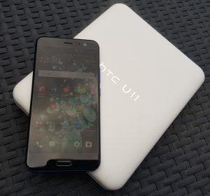 RECENSIONE HTC U11 CONFEZIONE E FRONTE