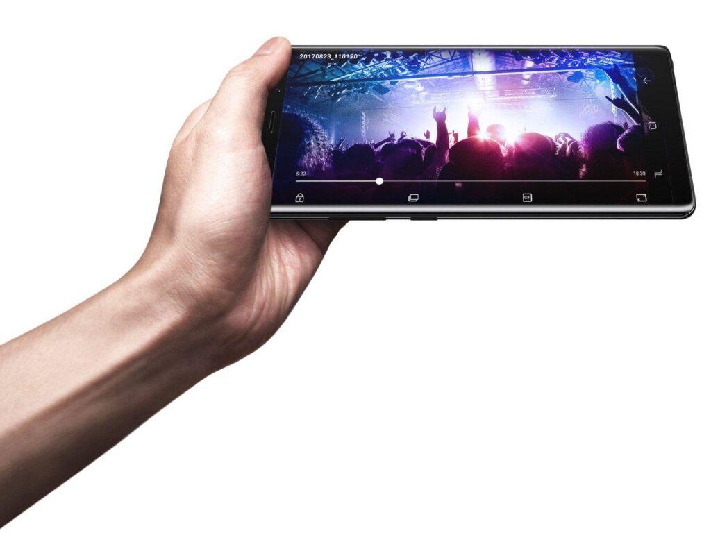 10 miti tecnologici ai quali dovresti smettere di credere - Più la risoluzione del display è alta, migliore è lo smartphone