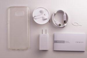 Oppo R9S - contenuto confezione