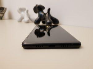 Xiaomi Mi MIX 2 connettore e speaker