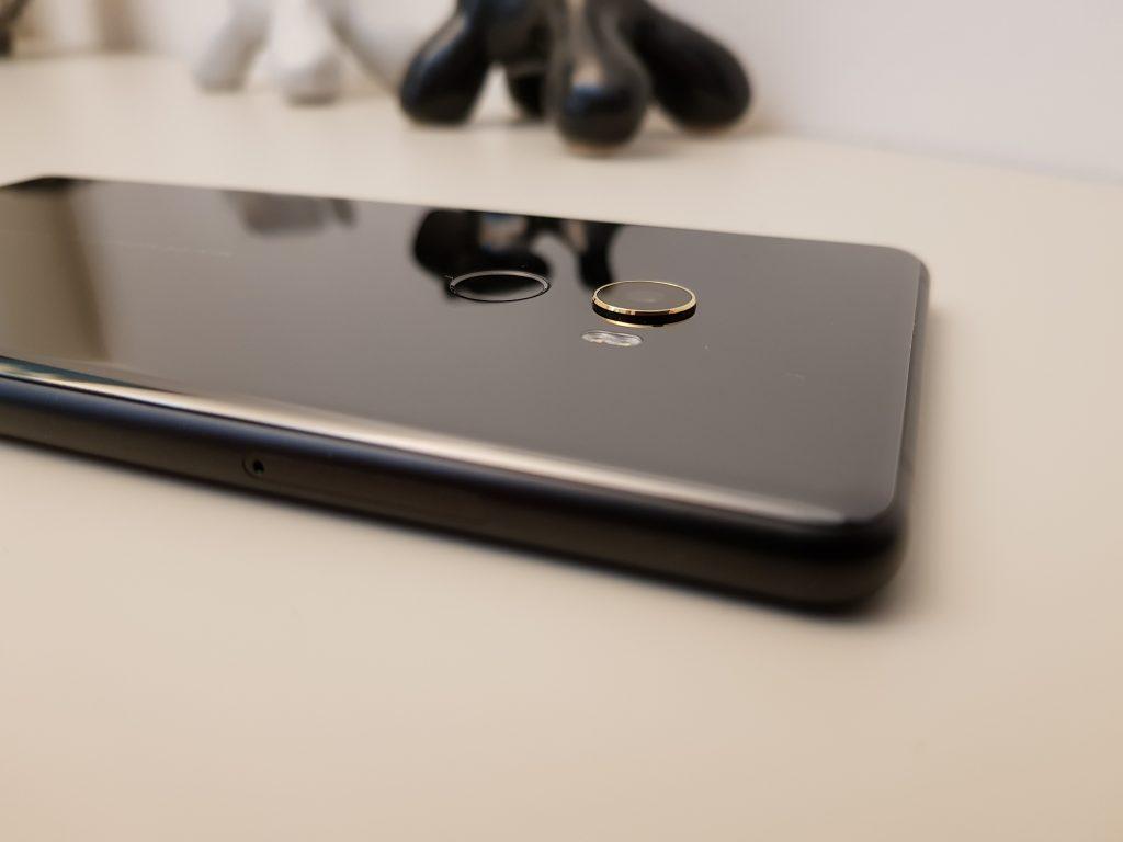 Xiaomi Mi MIX 2 fotocamera e sensore impronte