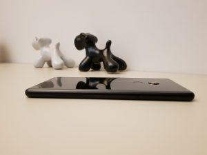 Xiaomi Mi MIX 2 lato sinistro