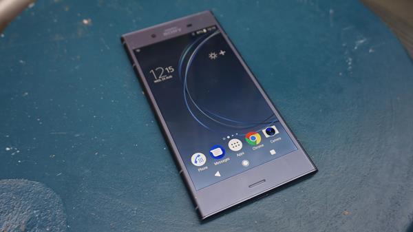 Migliori smartphone da acquistare: Sony Xperia XZ1