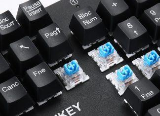 AUKEY Tastiera Meccanica economica con layout italiano switch