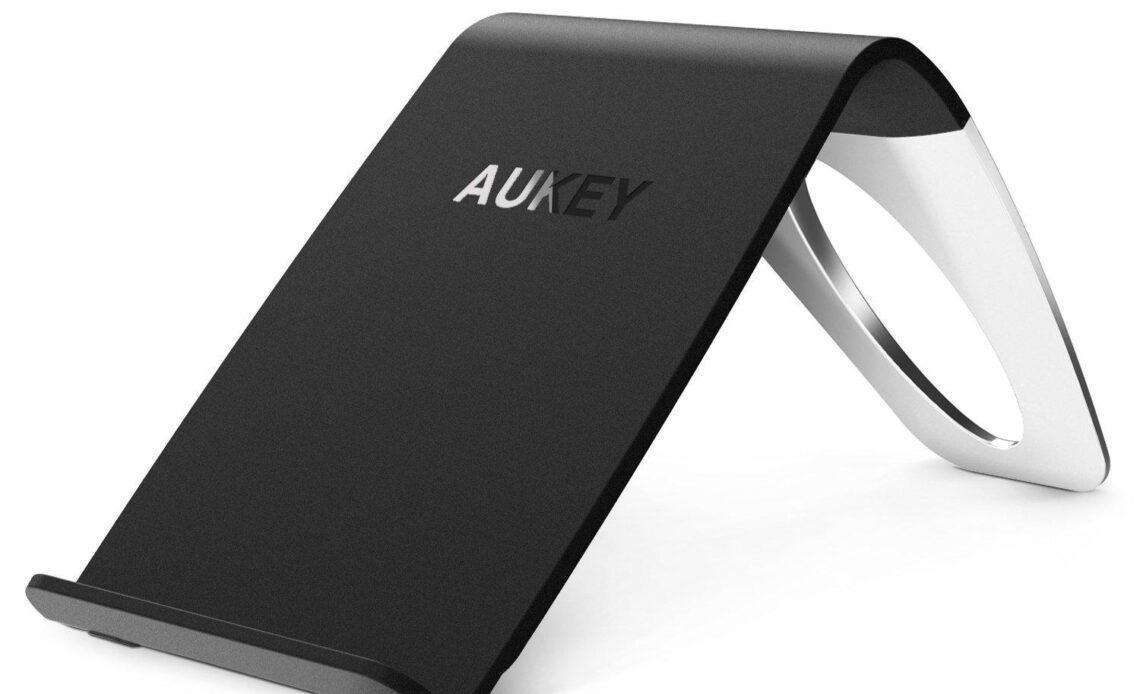Recensione delCaricabatteria Wireless Aukey con standard Qi per iPhone X ed iPhone 8