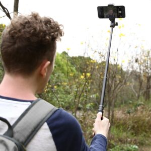 AUKEY Bastone Selfie Bluetooth -in uso