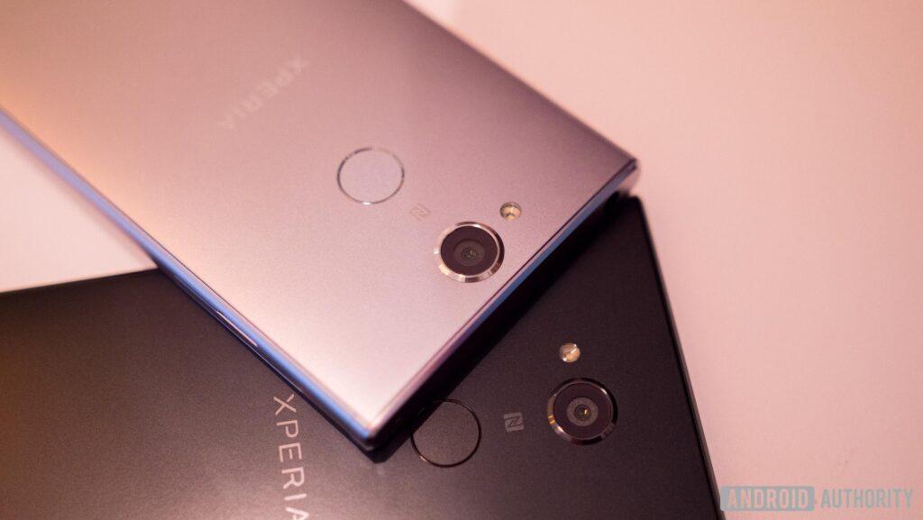 Ecco render e specifiche dei Sony Xperia XZ2 e XZ2 Compact