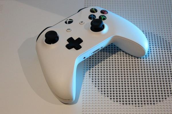 Vantaggi tastiera e mouse su Xbox One S