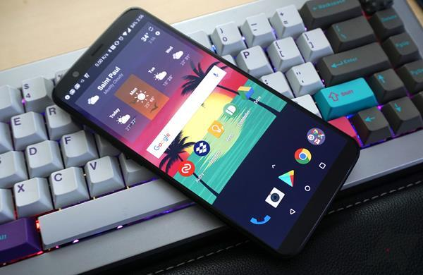 Migliori smartphone Android Stock del 2018: OnePlus 5T