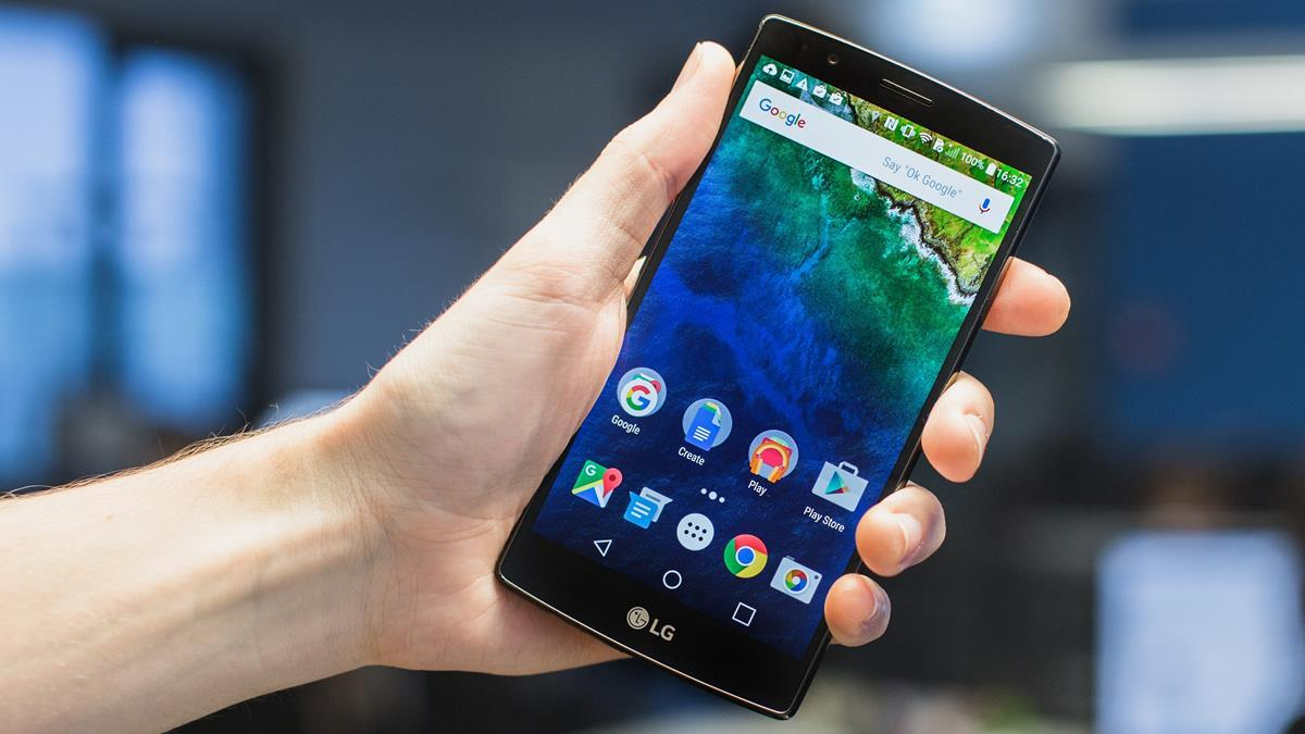 5 migliori smartphone android stock del 2018. Black Bedroom Furniture Sets. Home Design Ideas