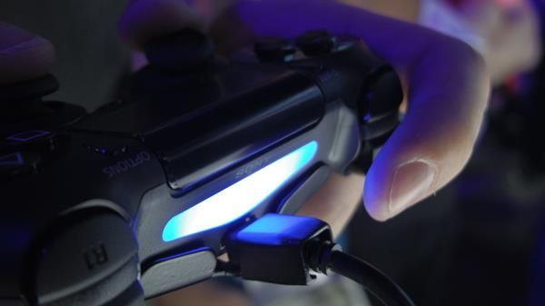 Monitor gaming per PS4: cosa cambia