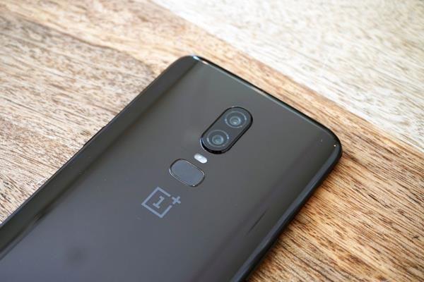 Recensione OnePlus 6: batteria