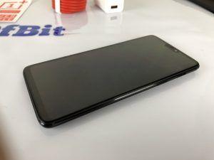 OnePlus 6 fronte
