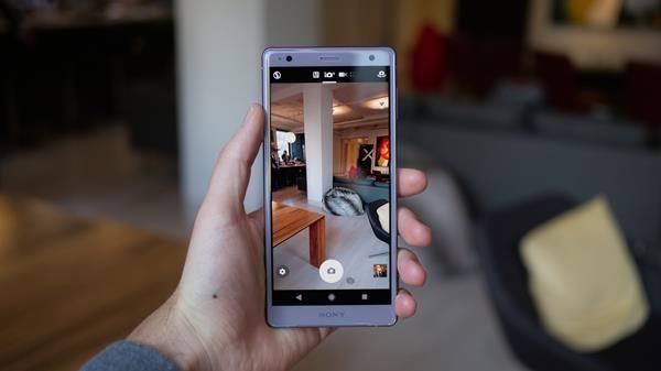 Migliori custodie per Sony Xperia XZ2