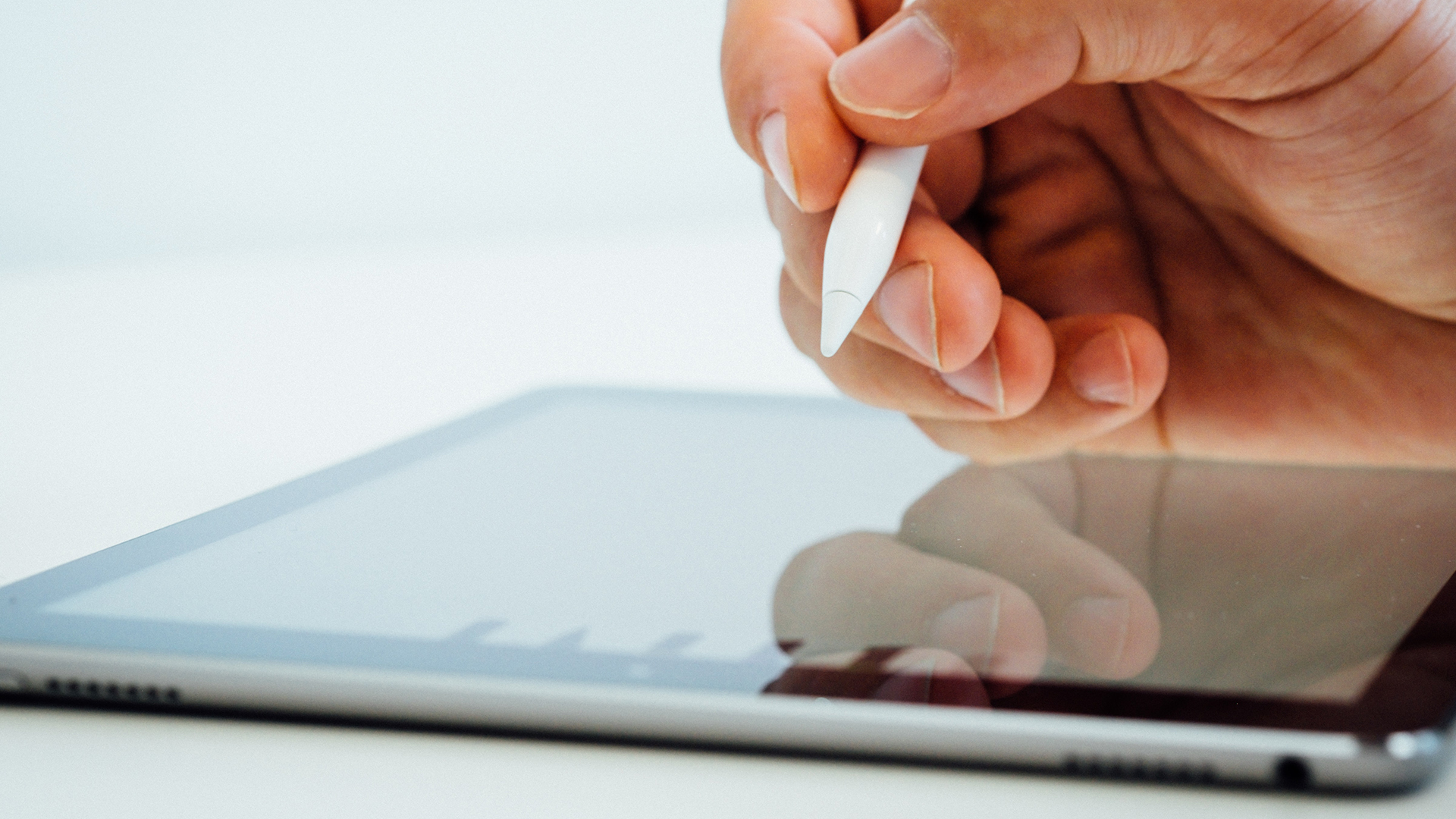 Apple iPad e una Apple Pencil