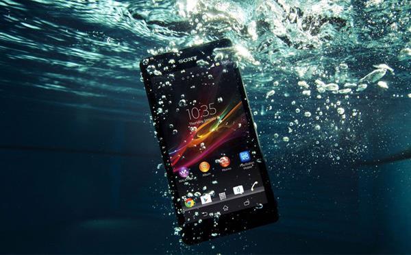 Smartphone impermeabili all'acqua