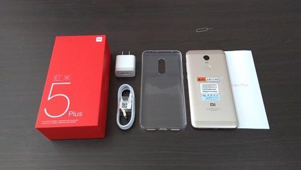 Recensione Xiaomi Redmi 5 Plus: unboxing