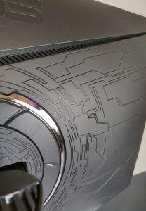 Asus ROG Strix XG32VQ dettaglio retro