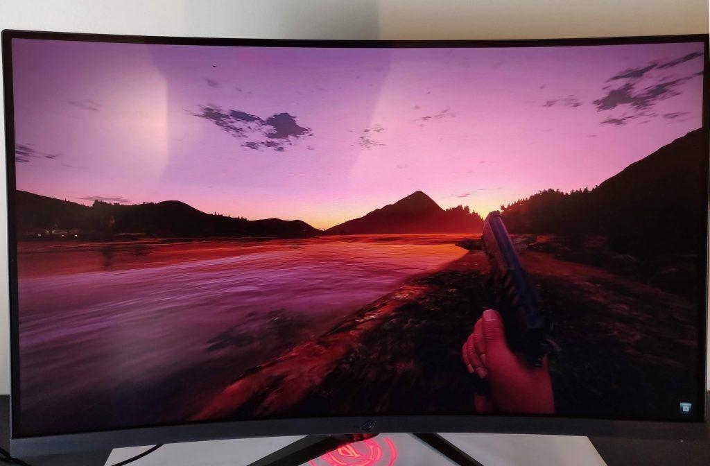 Asus ROG Strix XG32VQ gaming 5