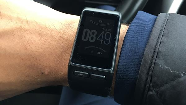 Migliori smartwatch per Apple: Garmin Vivoactive HR
