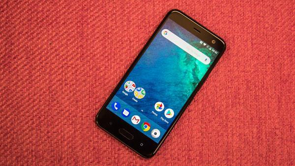 Migliori smartphone con Android One: HTC U11 Life