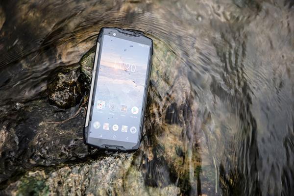 Scegliere un rugged smartphone