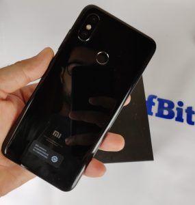 Recensione Xiaomi Mi 8 retro