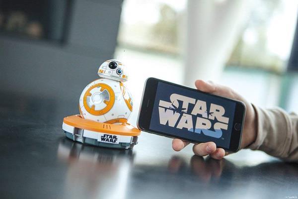 Migliori robot per bambini: Sphero BB-8 Droid Interattivo Star Wars