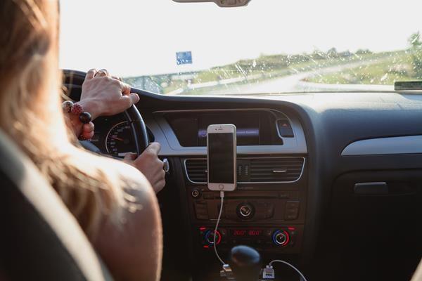 Migliori porta cellulare per auto
