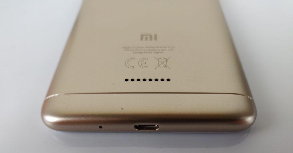 Xiaomi Redmi 6A connettore microusb e speaker