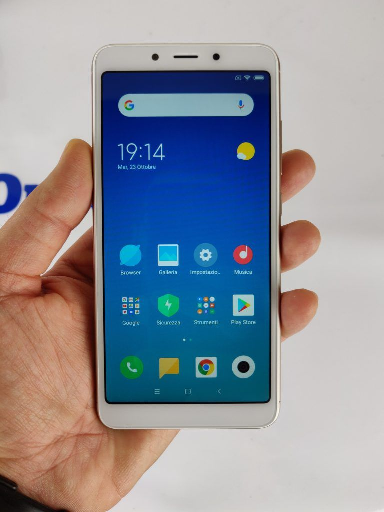Xiaomi Redmi 6A display e lato frontale